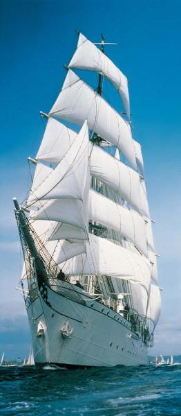 Türtapete Segelschiff unter vollen Segeln