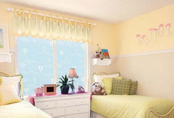 Fensterfolie selbstklebend Ballons am Himmel Kinderzimmer