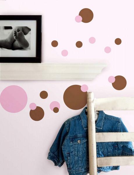 Wandtattoo pink und braune Punkte Kinderzimmer