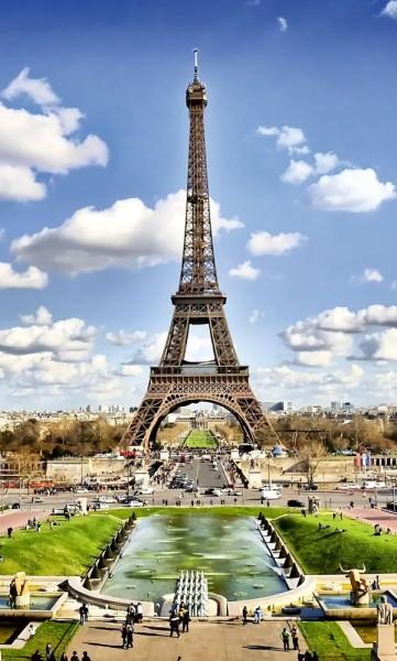Vlies Fototapete Blick zum Eiffelturm 150x250