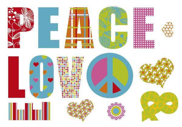 Wandsticker Love and Peace Schriftzug