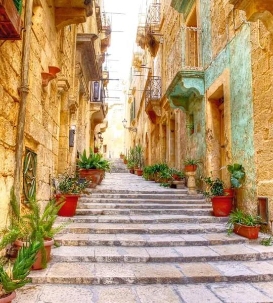 Vliestapete mediterrane Straße mit Treppe 225x250