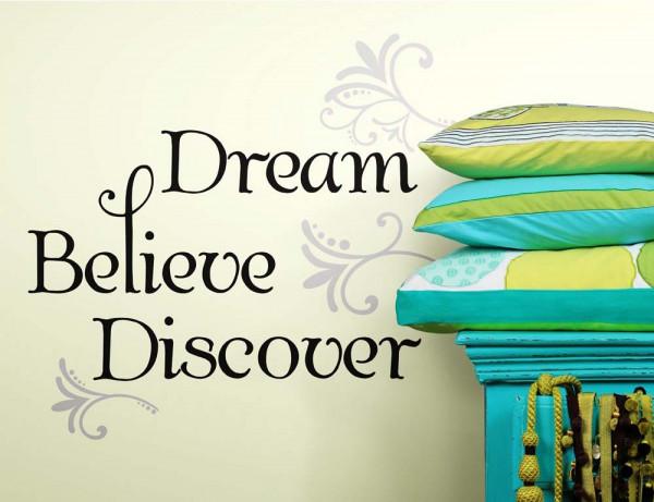 Wandtattoo Dream Believe Discover Flur