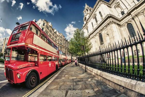 Vliestapete Doppeldecker Bus 375x250