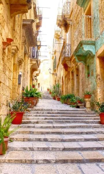 Vlies Fototapete mediterrane Straße mit Treppe 150x250