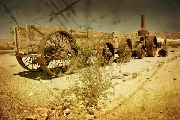 Vliestapete Waggon in der Wüste 375x250