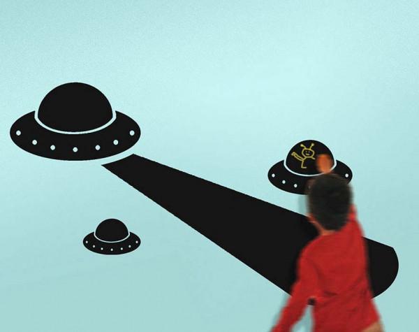 Wandtattoo Kreidetafel UFO Kinderzimmer