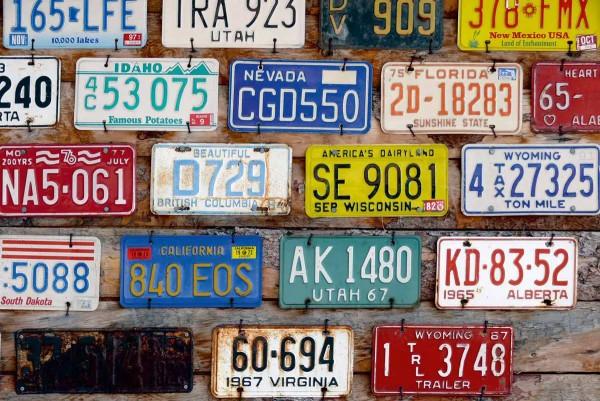 Vliestapete amerikanische Autokennzeichen 375x250