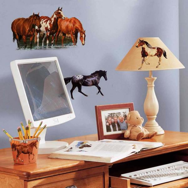 Wandtattoo Wildpferde am Fluss Schreibtisch